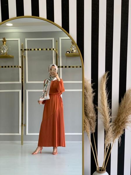 Pliseli Manolya Elbise Kiremit